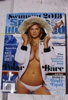 Kate Upton Covers the Sports Illustrated Swimsuit Issue Again