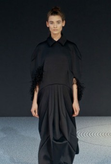 Viktor & Rolf Go All Black for Haute Couture Fall 2013