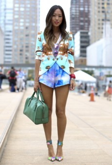 Fashion Bloggers: Here's What We Love and Hate About You (Or, How to Be the Best Blogger Ever)