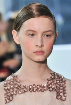 Delpozo Fall 2014 Beauty: A New Updo and a Fresh Face