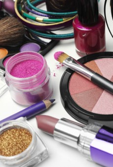 The Best Places to Score Free Beauty Samples Online