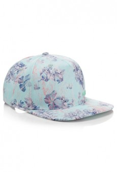 Revisit the 90s with Calla's Fresh Floral Cap