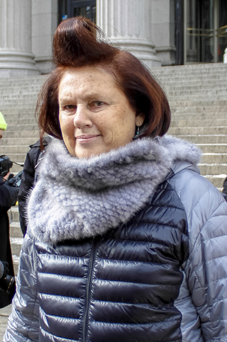 Link Buzz Watch An Interview With Suzy Menkes Ban