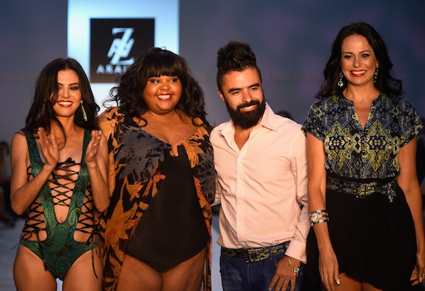 A.Z Araujo poses with some of his models at Mercedes-Benz Fashion Week Swim 2015; Image: Getty
