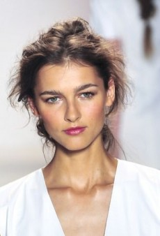 Beauty on the Run: Flawless Makeup in 4 Easy Steps