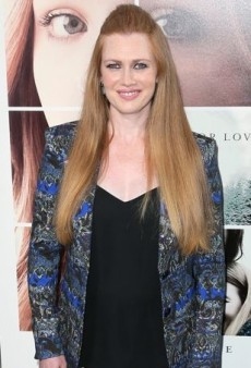 Mireille Enos Hits the Black Carpet in a Printed Etro Ensemble