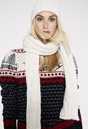 Cosy Winter Sweaters from the Joe Fresh holiday 2014 Collection