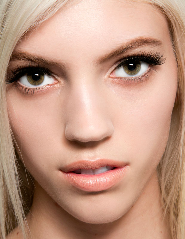Model with thick, dark lashes
