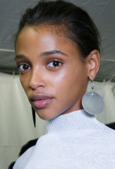 Double-Duty: The 15 Best BB Creams That Heal and Conceal Acne