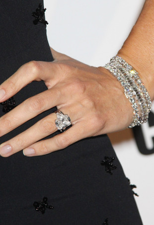 Jennifer Garner's diamond engagement ring.
