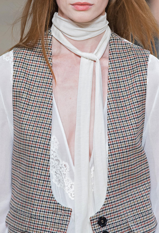 how to tie a skinny scarf for fall 2015