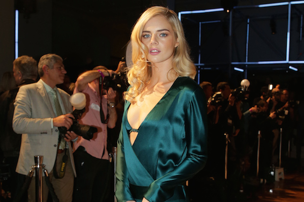 Samara Weaving Lands First Leading Movie Role Thefashionspot
