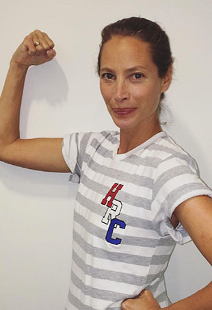 In a recent interview, supermodel-turned-activist Christy Turlington told Town & Country that she doesn't fear aging or feel tempted by plastic surgery.