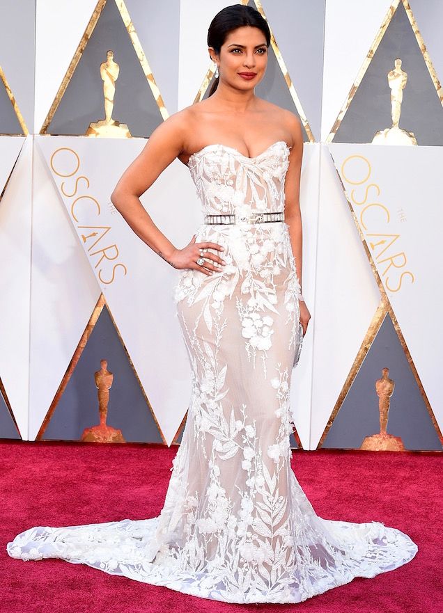 HOLLYWOOD, CA - FEBRUARY 28: Actress Priyanka Chopra attends the 88th Annual Academy Awards at Hollywood & Highland Center on February 28, 2016 in Hollywood, California. (Photo by Steve Granitz/WireImage)
