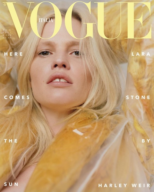 Vogue Italia August 2017 : Lara Stone by Harley Weir