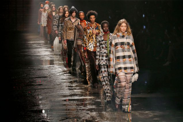 Gigi Hadid closes Missoni Fall 2018.