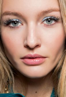 5 Natural Ways to Grow Your Lashes