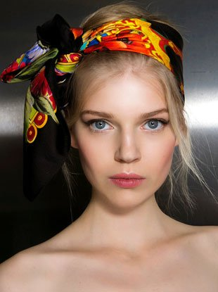 23 Runway-Inspired New Ways to Tie a Scarf in Your Hair