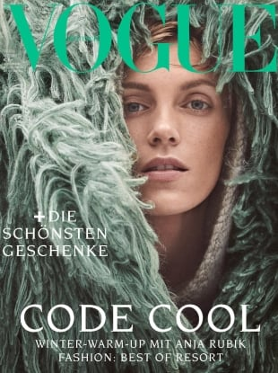 Vogue Germany December 2018 : Anja Rubik by Giampaolo Sgura
