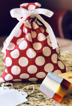 The Coolest Eco-Friendly Gift Wrapping Options