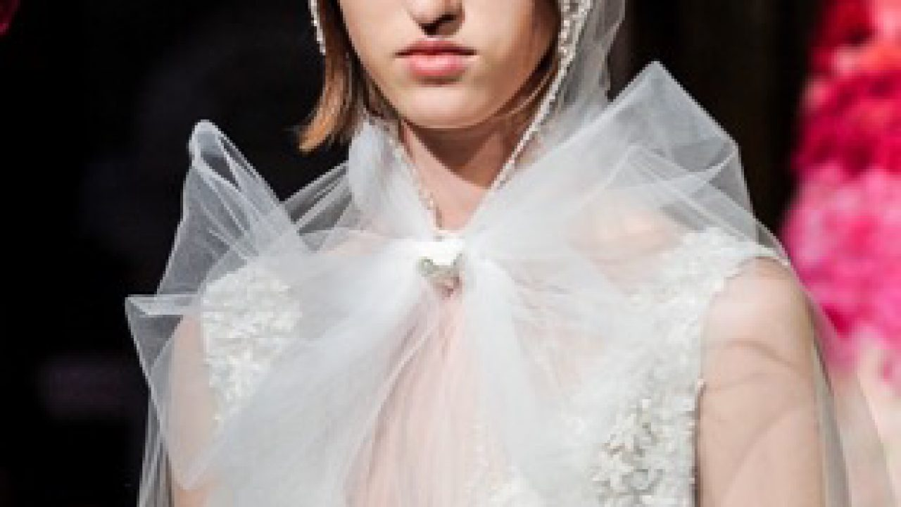 8 Best Bridal Fashion Week Spring 2020 Beauty Looks to Try