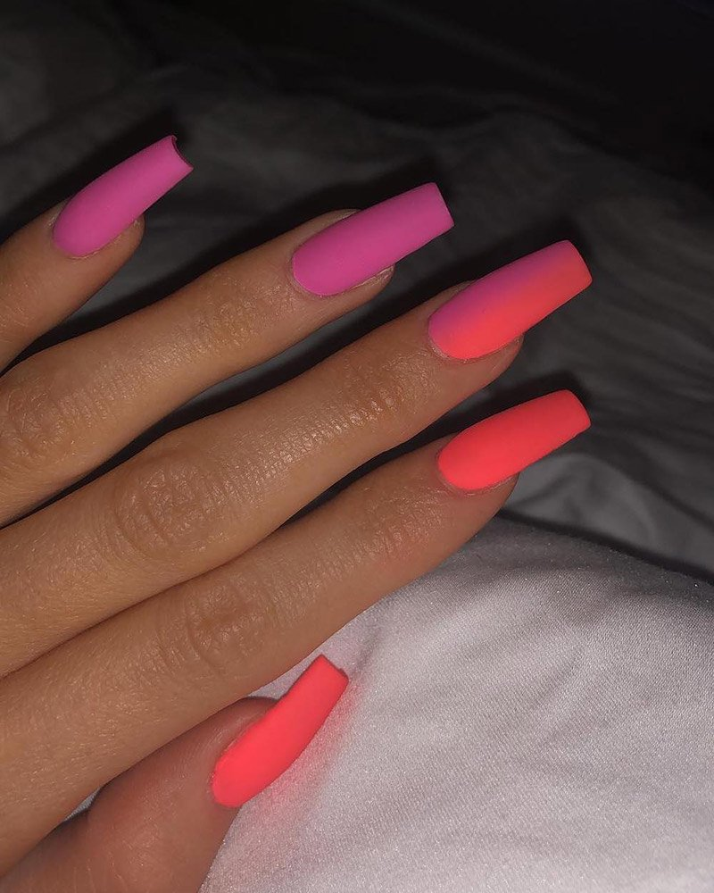 Neon Nails Are Summer S Brightest Trend Thefashionspot