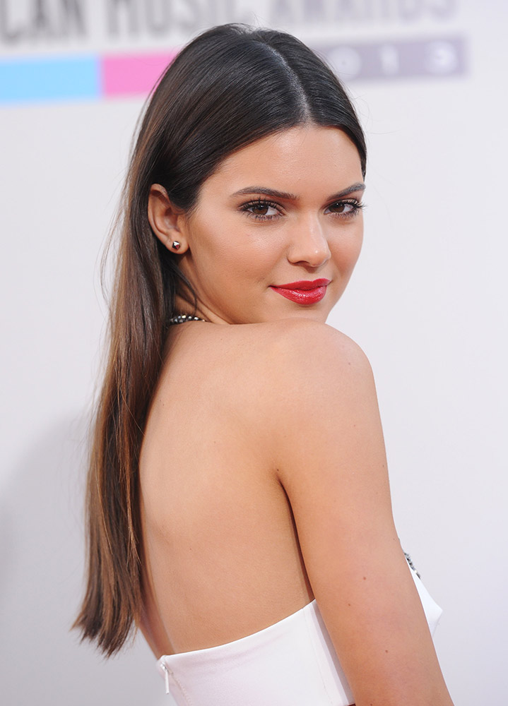 The Evolution Of Kendall Jenner S Cool Girl Hair Thefashionspot