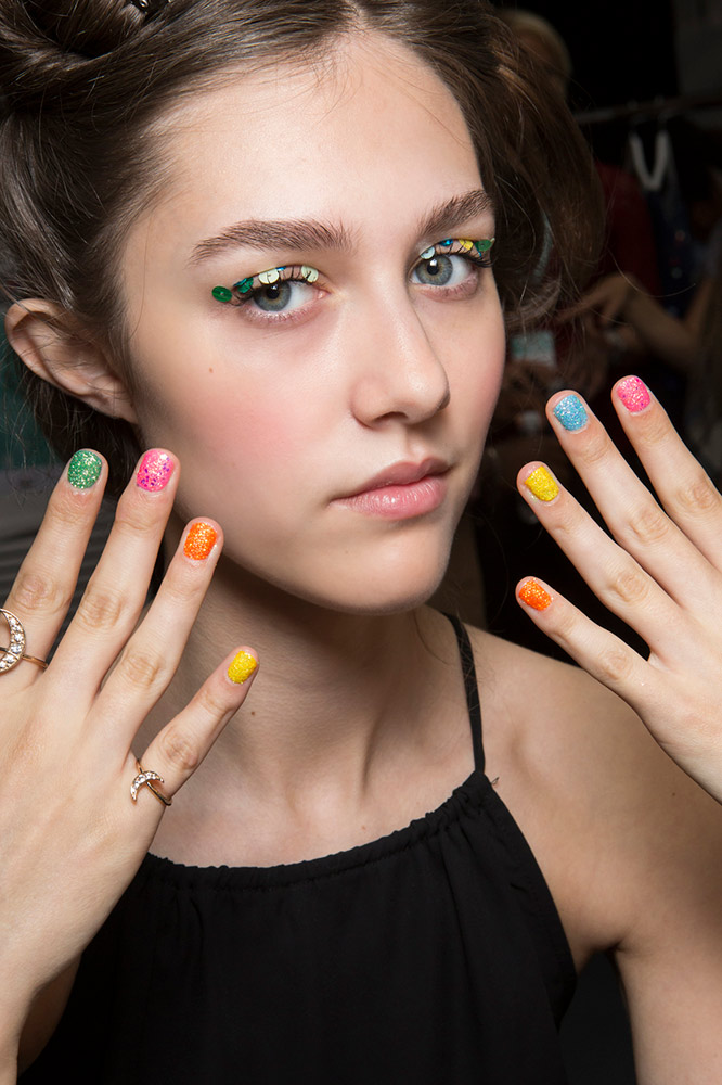Mismatched Nails Are The Cool Easy Nail Art Thefashionspot