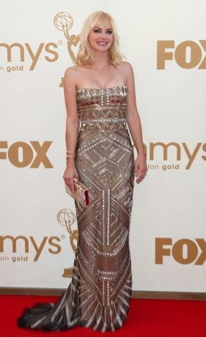 Anna Faris 63rd Primetime Emmy Awards Los Angeles Sept 2011