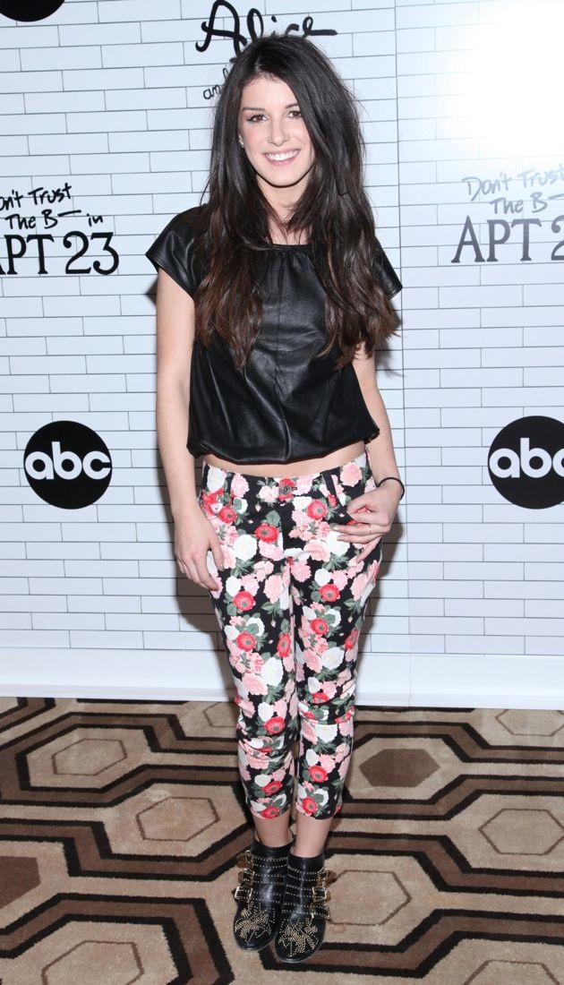 Shenae Grimes screening of ABC series Dont Trust the B in Apartment 23 New York City
