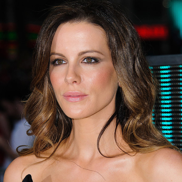 Get Kate Beckinsales Sultry Smoky Eye TheFashionSpot