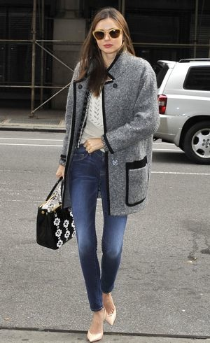 Miranda Kerr running errands New York City Nov 2012
