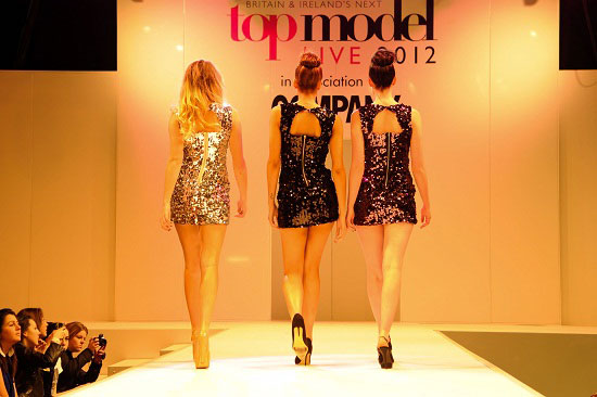 Next Top Model, Clothes Show