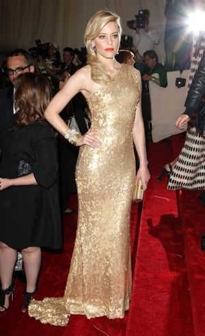 Elizabeth Banks Met Gala New York City May 2011