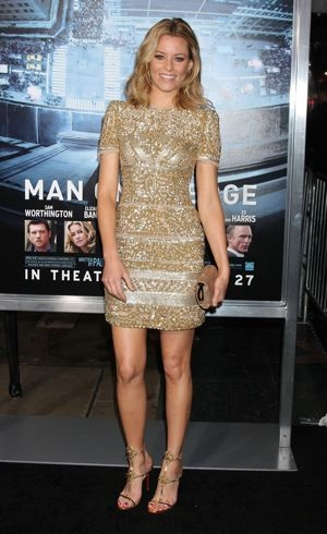 Elizabeth Banks Premiere of Man on a Ledge Hollywood Jan 2012
