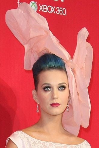 Katy Perry 2012 MusiCares Person of the Year Gala Los Angeles cropped