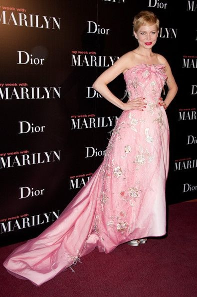 Michelle Williams My Week with Marilyn Paris Premiere