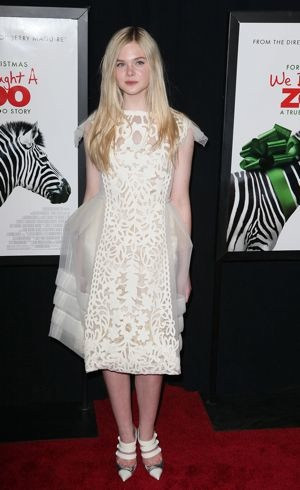 Elle Fanning NYC Premiere We Bought A Zoo Dec 2011