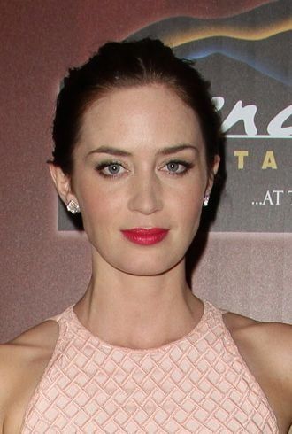 Emily Blunt 2012 Palm Springs International Film Festival opening night screening of Salmon Fishing in the Yemen cropped