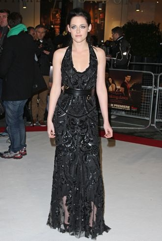 Kristen Stewart The Twilight Saga Breaking Dawn Part 1 film premiere London Nov 2011 cropped