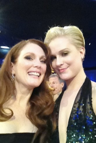 Gals Pals At The Golden Globes And Other Celeb Twitpics Of