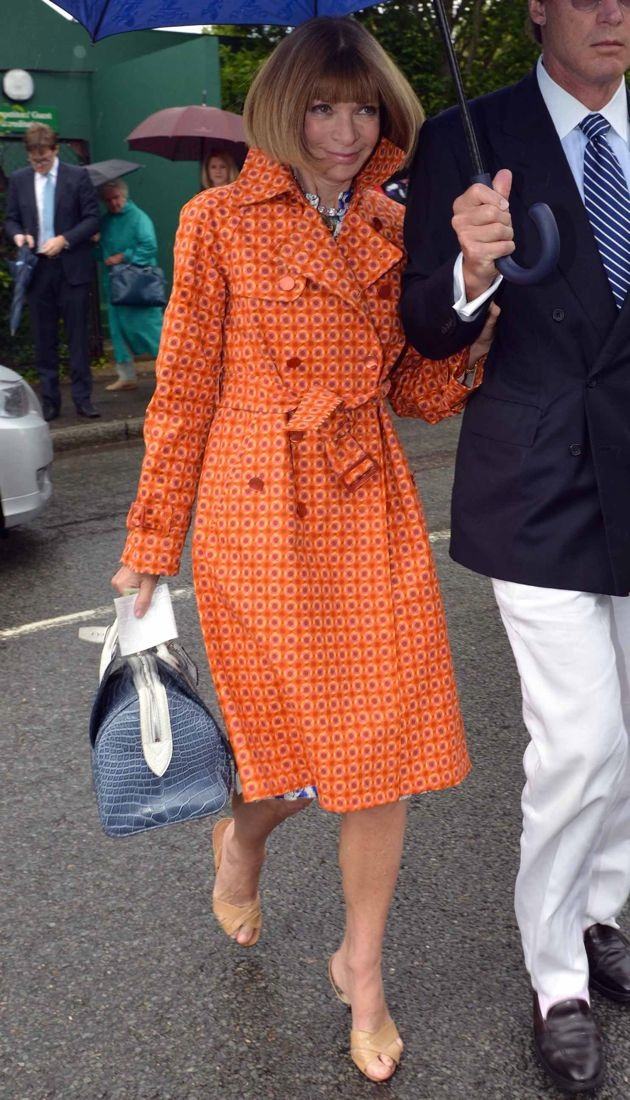 Look Of The Day Anna Wintour S Printed Marc Jacobs Trench