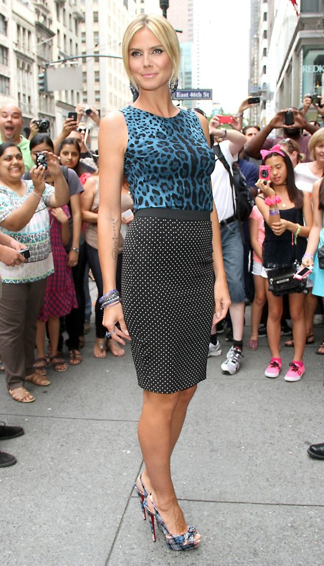 Heidi Klum promotes Project Runway The Show That Changed Fashion Barnes Noble New York City