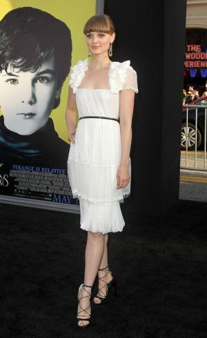 Bella Heathcote Dark Shadows premiere Los Angeles May 2012