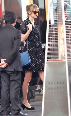 Taylor Swift at Toast Cafe West Hollywood Feb 2012
