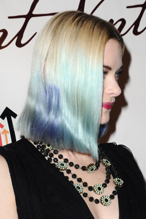 Jaime King multicolored blue hair