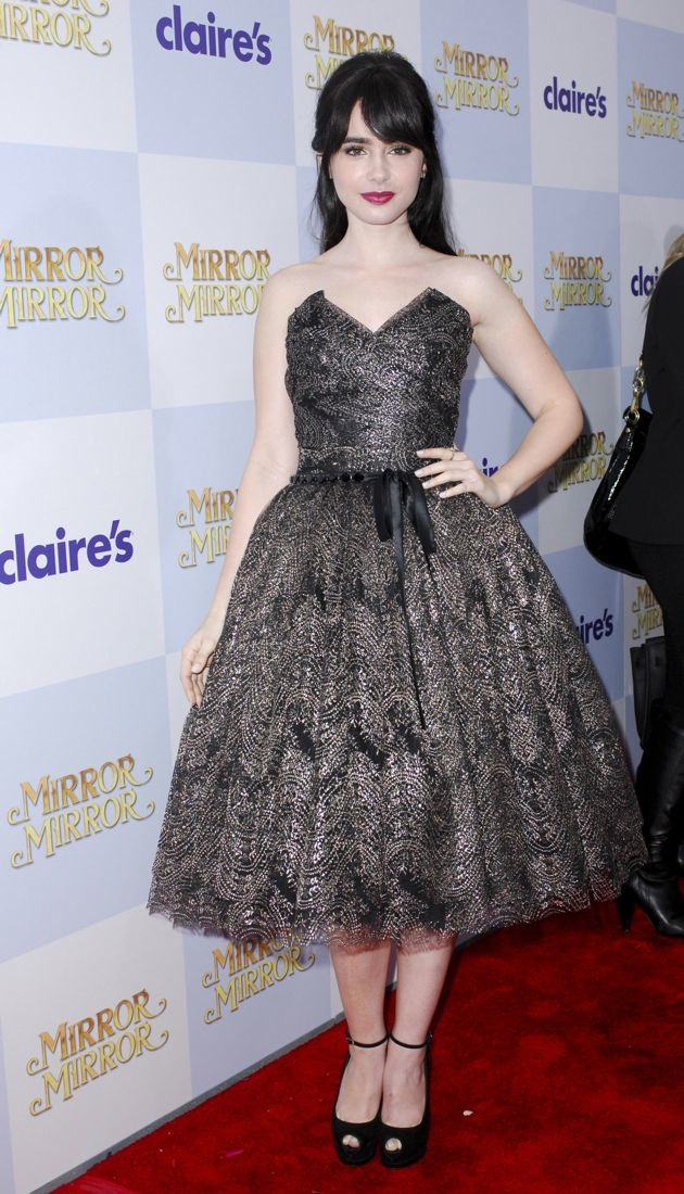 Lily Collins premiere of Mirror Mirror Los Angeles