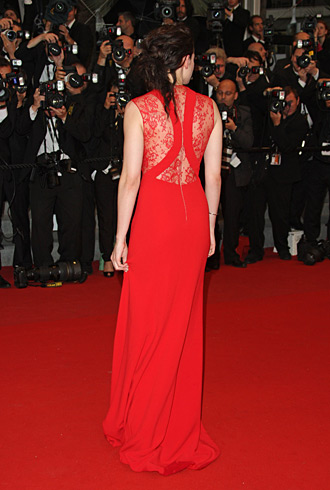 Kristen Stewart Was Red Hot In Reem Acra At The Cannes