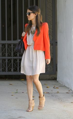 Rachel Bilson leaves her house Los Angeles Feb 2011