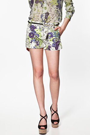 forum buys - Zara floral shorts